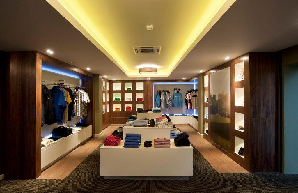 Mere-Hotel-Pro-Shop-(1)