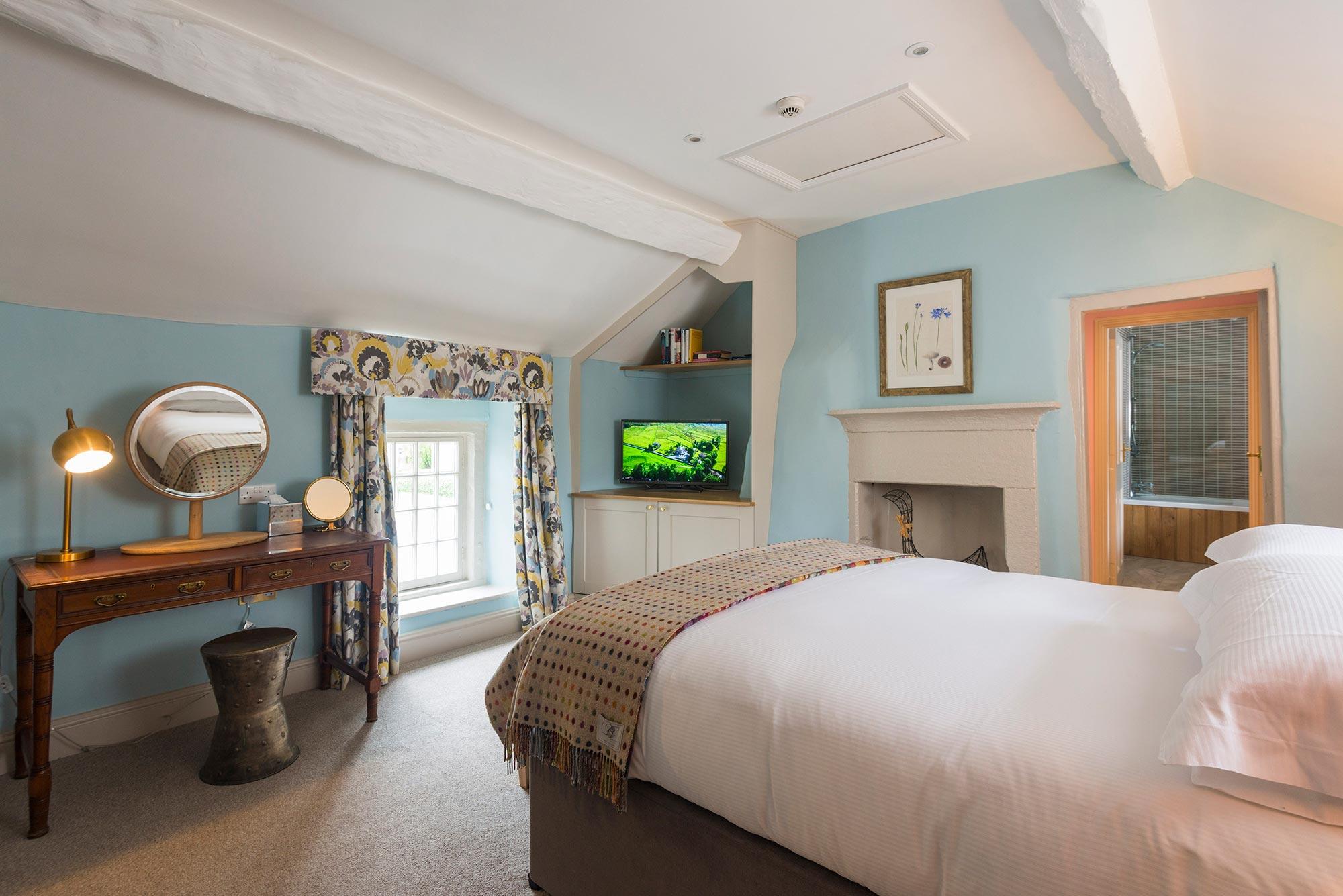 Devonshire-Beeley-Bedroom-Refurb-(5)