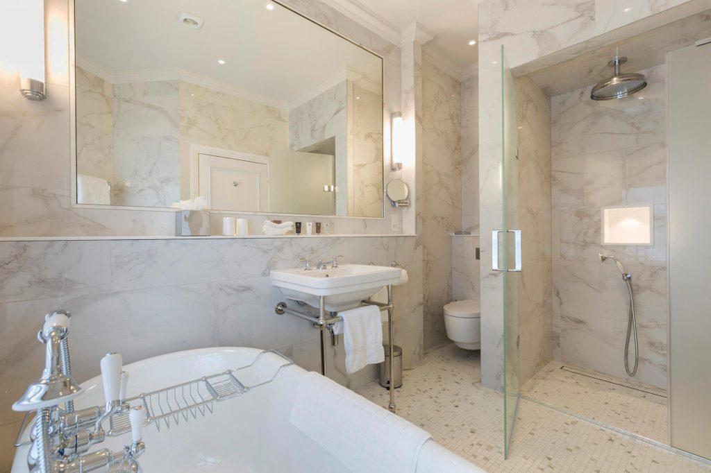 Devonshire-Arms-Bolton-Abbey-Bathroom-refurb-(1)