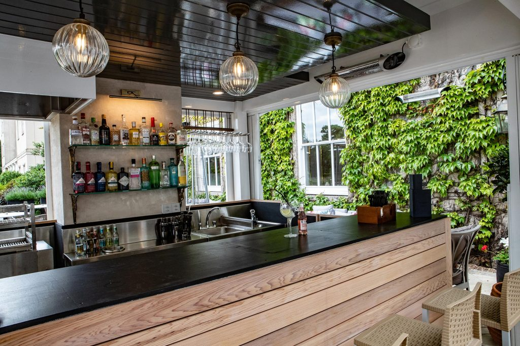 Down-Hall-Grill-Terrace-(5)