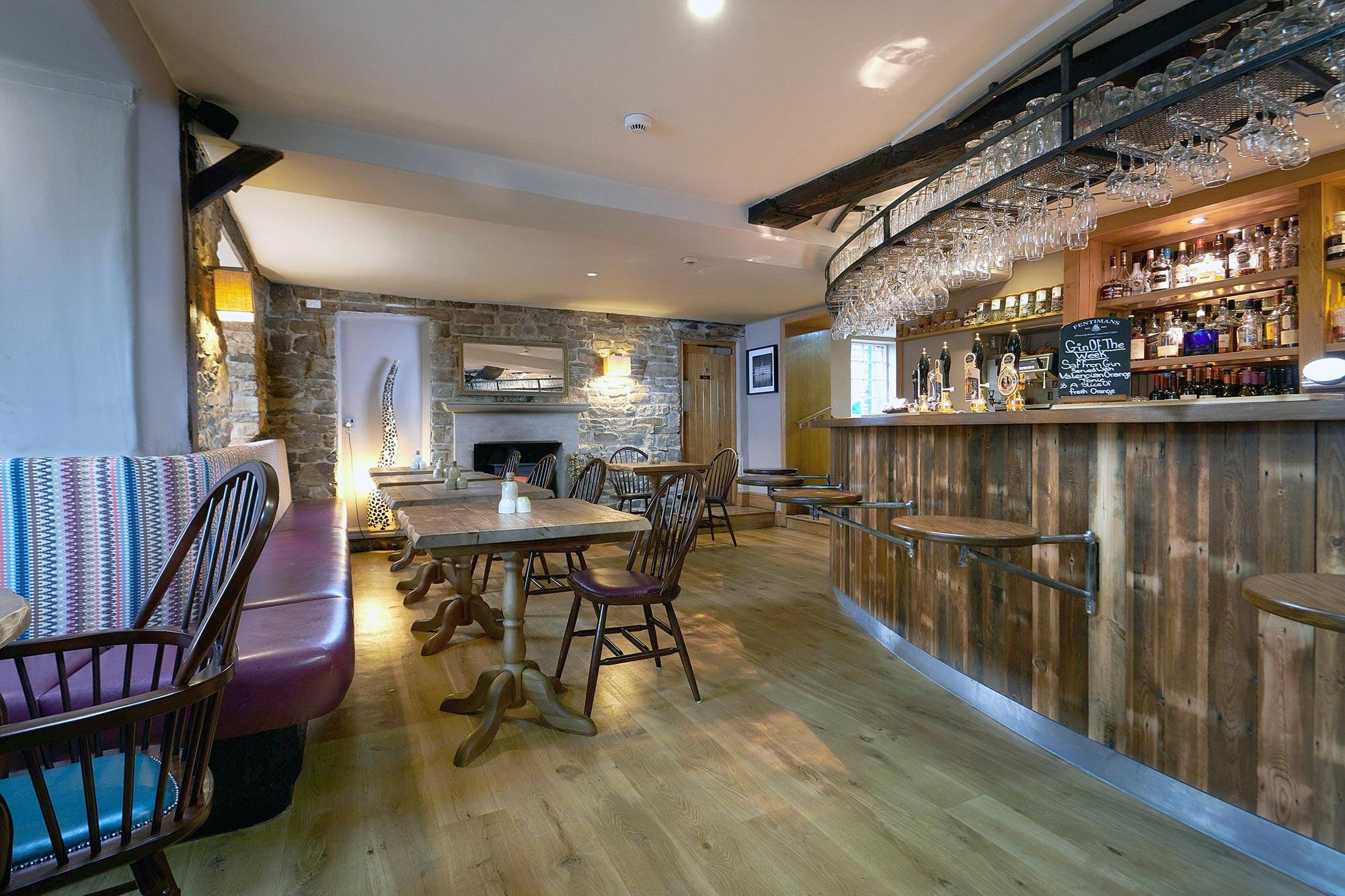 Devonshire-Pilsley-Bar-1-Bar-Area