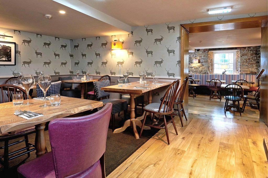 Devonshire-Pilsley-Bar-2-Upper-dining