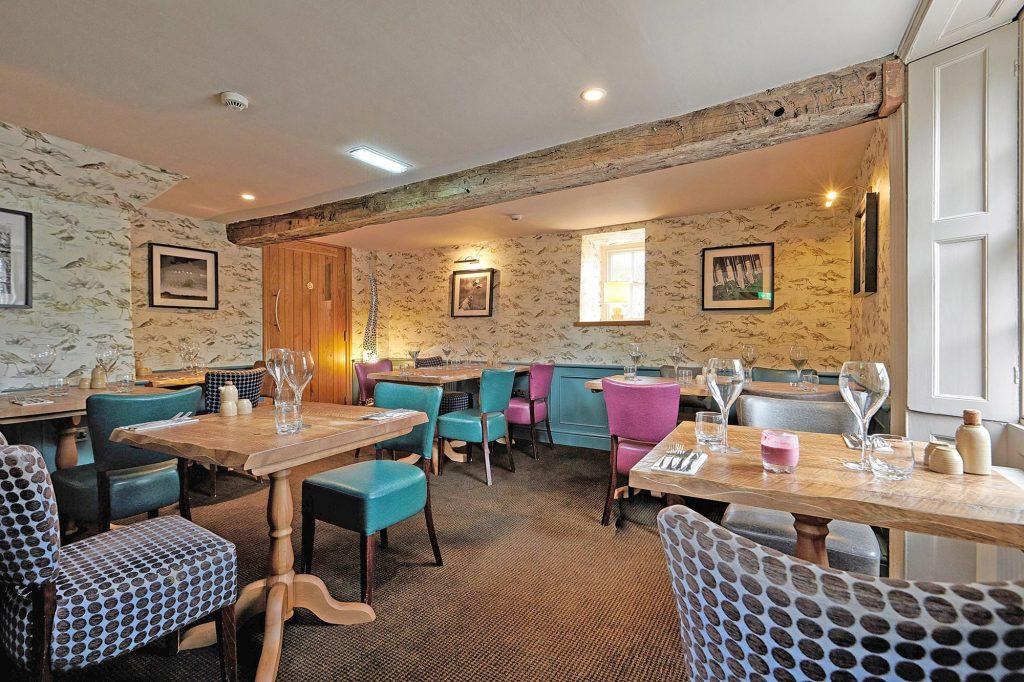 Devonshire-Pilsley-Bar-4-Lower-dining